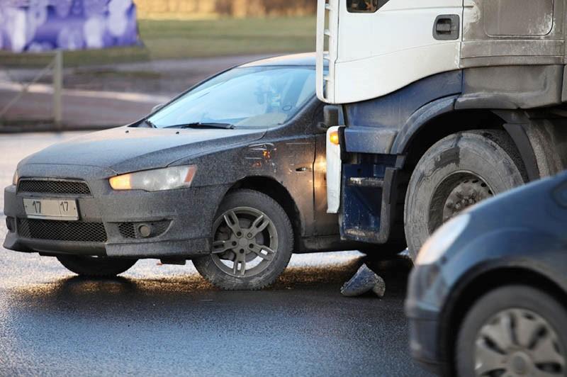 El Abogado de Accidentes de Camiones en Los Angeles